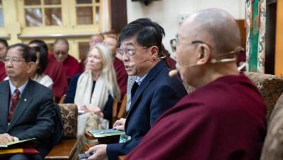 ting kou lee-dalai lama-aref international onlus-fisica quantistica-buddismo-ambiente