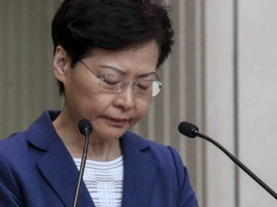 Carrie Lam Addio alla legge sull'estradizione