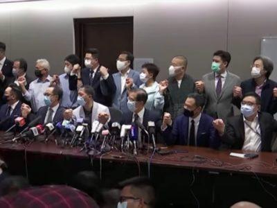 democratici di Hong Kong si sono dimessi